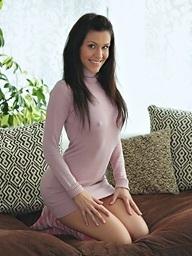 Samia Duarte on 21Naturals.Com - Smile