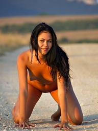 XXX Loveliness - Naturally Beautiful Amateur Nudes